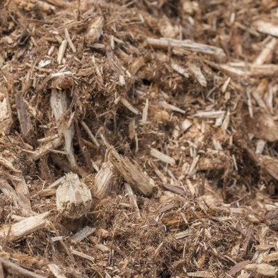 A close up picture of cedar mulch